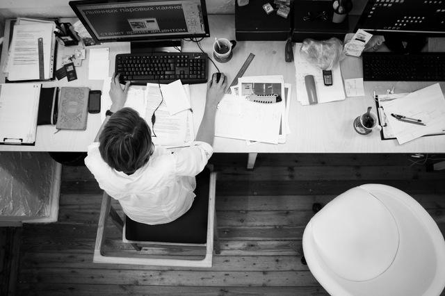 Outsource online marketing tasks